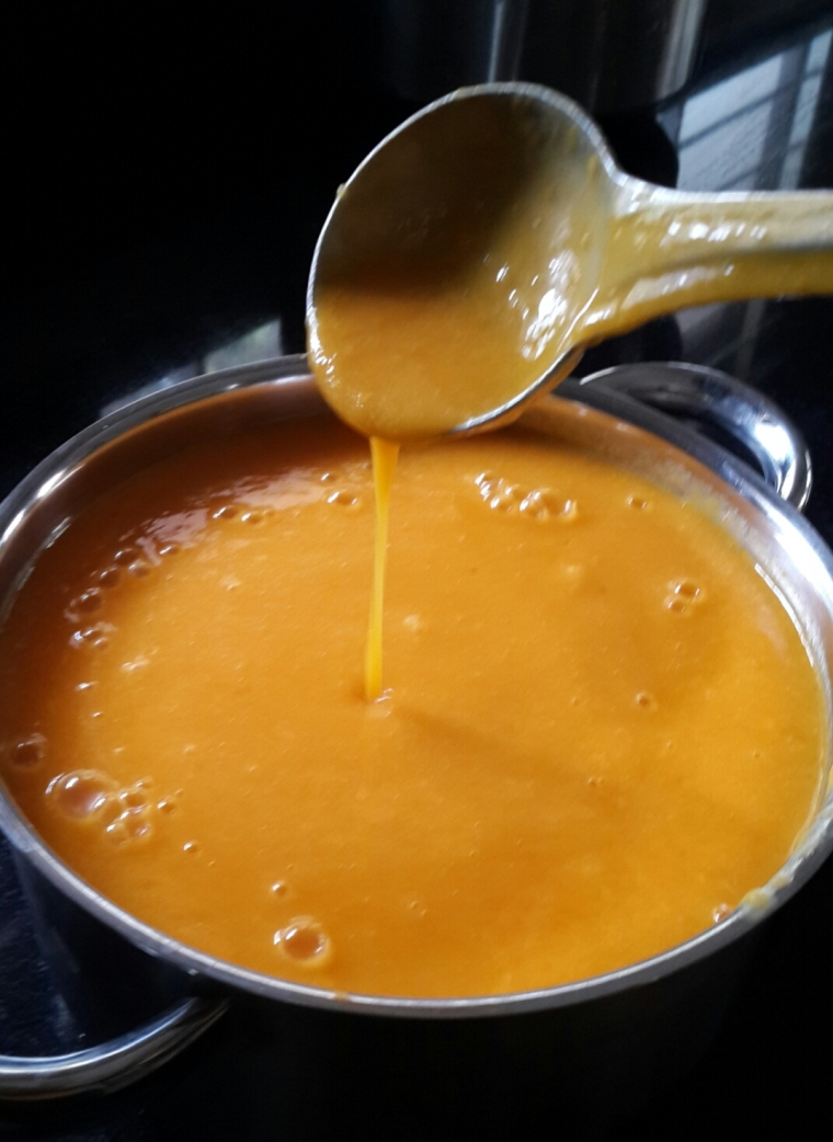 Sweet nectar made from Mangoes from Venky's farm.  No sugar added.