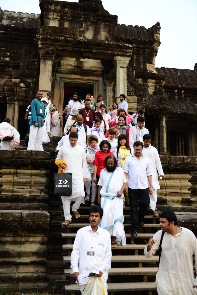 Walk with Guru inside Angkor