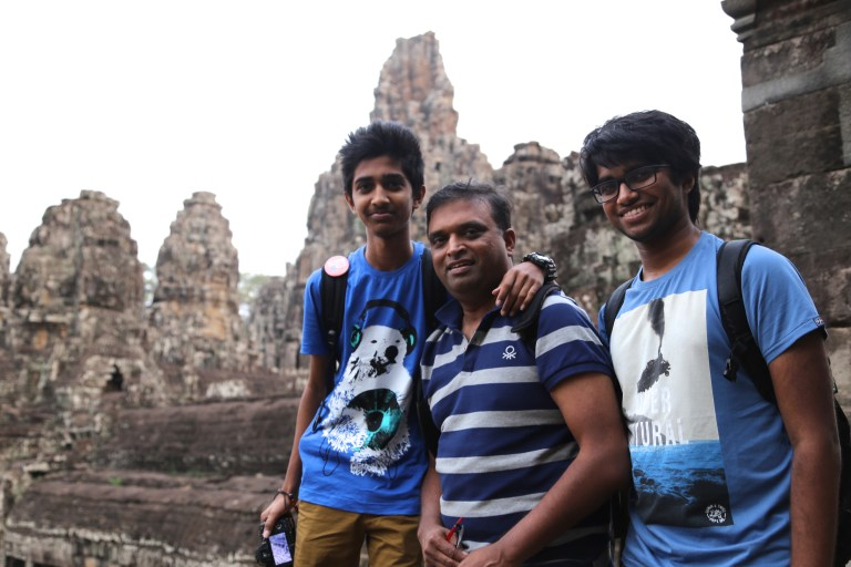 #BleedBlue @ Bayon Temple in Cambodia