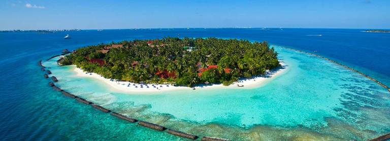 12-Kurumba_Maldives_Resort