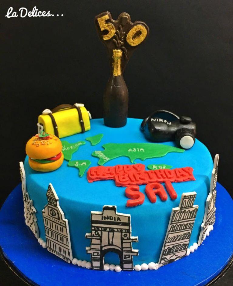 La Delices Camera Cake